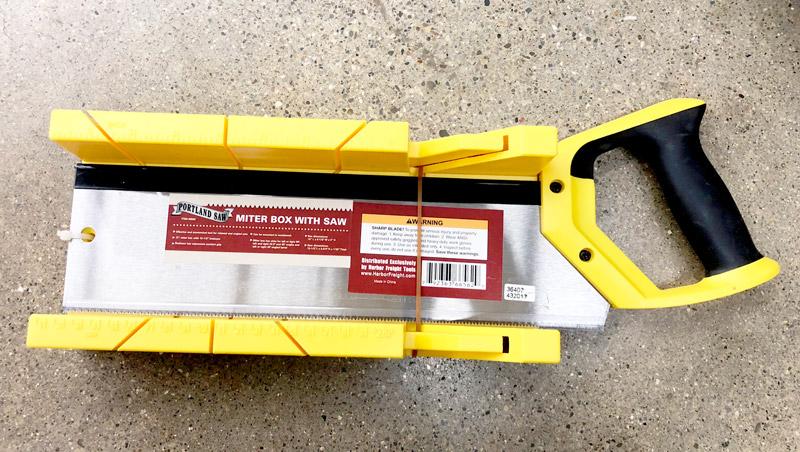 Miter box saw