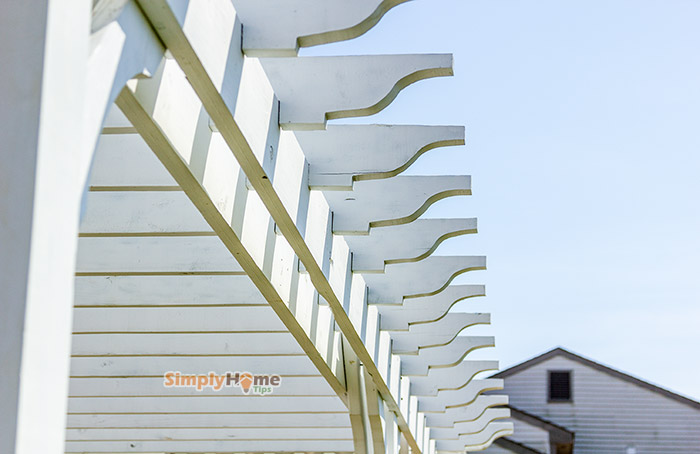 Installing pergola rafters