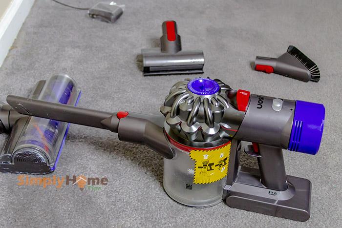 Handheld cordless vacuum